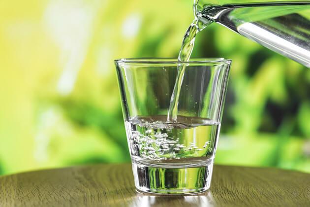 Cosa contiene l'acqua potabile?